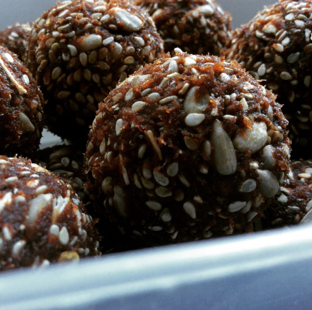 Sesame and Sunflower Seeds Bliss Balls aux graines de sésames et de tournesols